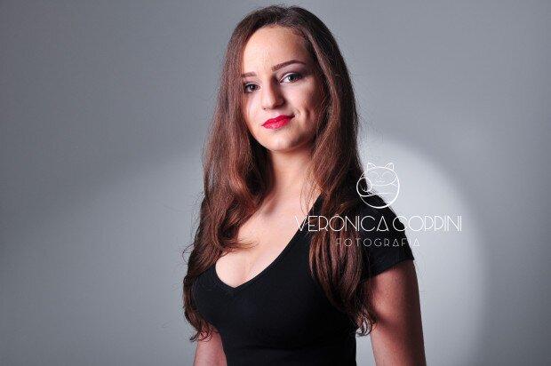 Lara Fontana  (21)